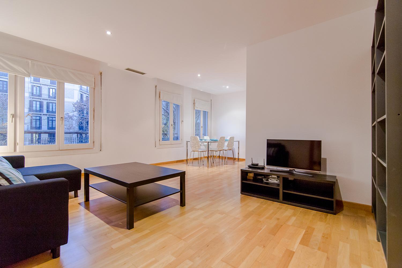 Flat for rent calle diputacion