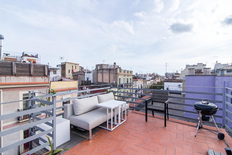 Ad- Estudio terraza privada en alquiler portal nou