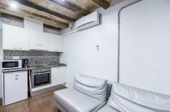 A- Estudio calle Portal Nou, 3º planta (interior) 4 4 246x162  Alquiler 3 a 11 meses 4 4 246x162