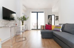 Calle Carme-Boqueria-2 habitaciones con terraza DSC 3052 web 246x162