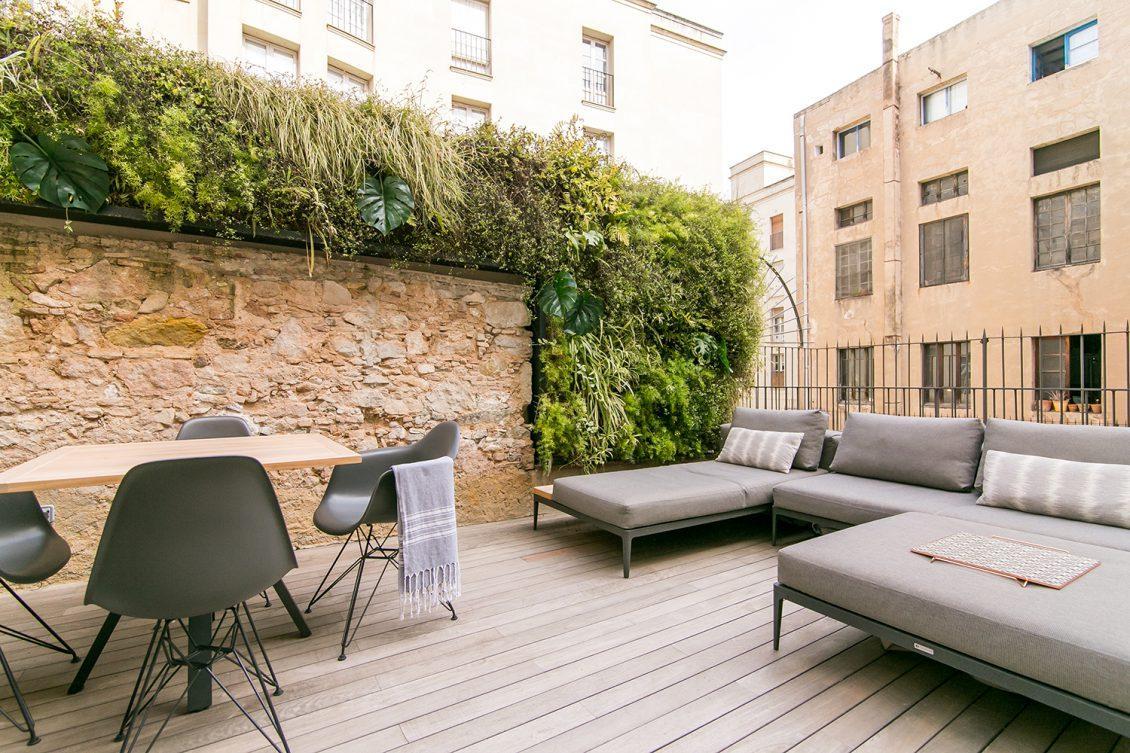Magnifico Piso Carrer de Sant Pau – Terraza privada
