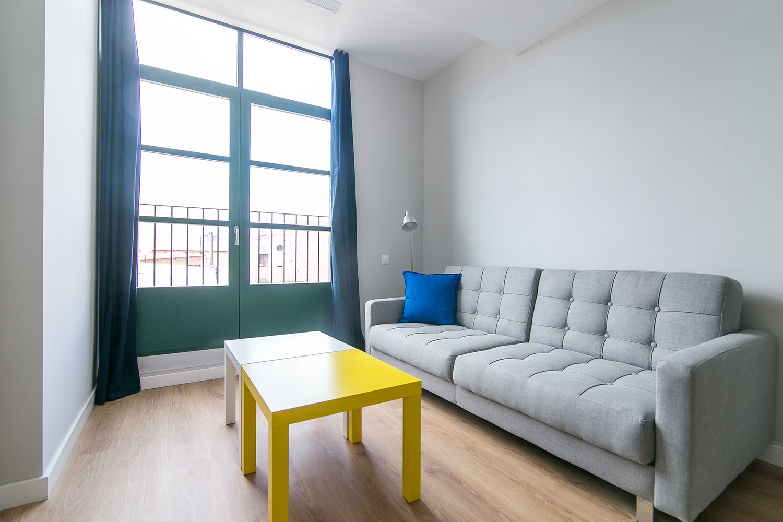 Studio rénové 1 chambre à Sants 3-2