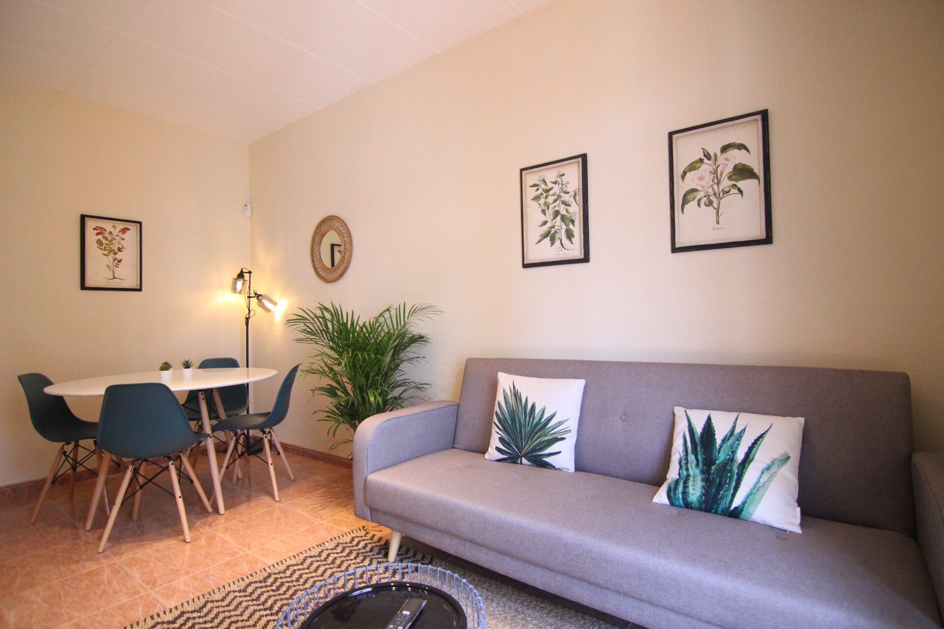 Hostafrancs Market – Sants – Calle Aliga 3 beds ( 1000 € –> 31/12/19 – 1200€ –> 01/01/20)