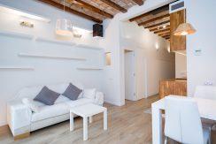 Piso en barcelona para alquiler de 3-11 meses  2 double bedrooms in Rabassa – Gracia WhatsApp Image 2020 02 19 at 12