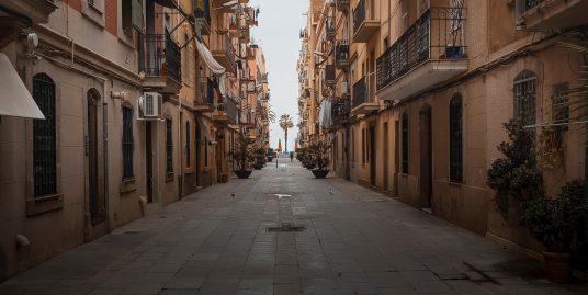 Barrios de Barcelona – Barceloneta martin ti JXqGcOp5Y0w unsplash 536x269