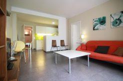 2 chambres doubles rue Sant Pere Mes Baix IMG 4115 246x162 Location meublé barcelone Location appartement meublé à Barcelone IMG 4115 246x162